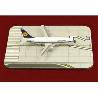 1st Choice Airliner Display Mat Runway Small 1/400 Scale FC4ADM002