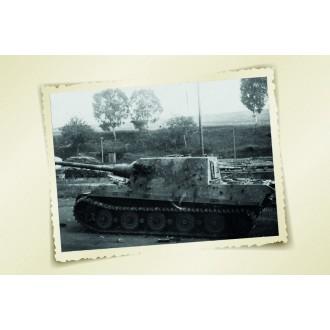 Forces of Valor German Heavy Tank Destroyer Sd.Kfz.186 Jagdtiger FGST.NR.305020 Schwere Panzerjäger Germany March 1945 Henschel suspension type 1/32 Scale 801024A