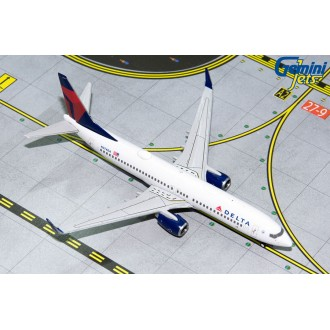 Gemini Jets Delta Airlines Boeing B737-800 N374DA 1/400 Scale GJDAL1804