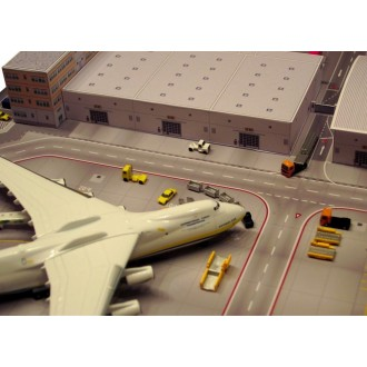 Herpa Wings Scenix Cargo Terminal Cardboard Construction Model Kit 1/500 Scale 526852