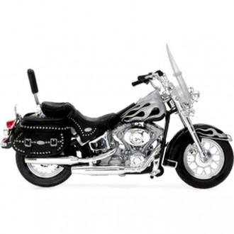 Maisto Harley Davidson 2002 FLSTC Heritage Softail Classic 1/18 Scale