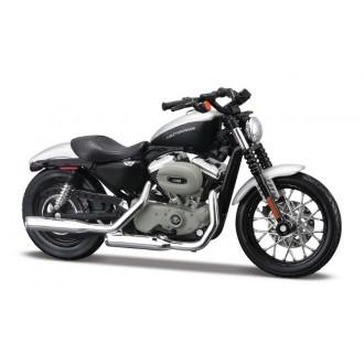 Maisto Harley Davidson 2008 XL 1200N Sportster 1200 Nightster 1/18 Scale