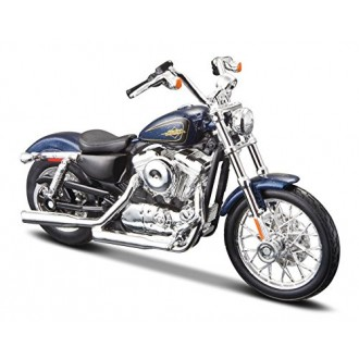 Maisto Harley-Davidson 2012 XL 1200V Seventy-Two Blue 1/18 Scale