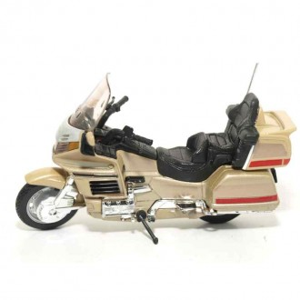 Welly Honda Gold Wing 1/18 Scale