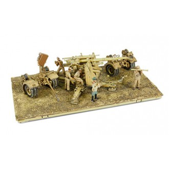Forces of Valor German 8.8cm 36/37 Gun With Flak 38 Barrel + 5 Figures USSR 1942 801008A Pre-Order
