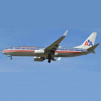 Gemini Jets American Airlines Boeing 737-800 N921NN Polished Retro Livery 1:400 Scale GJAAL1802