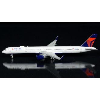 Gemini Jets Delta Boeing 757-300 N586NW 1:400 Scale GJDAL1963