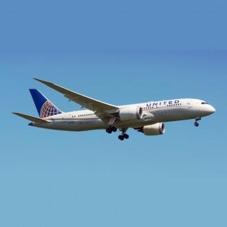 Gemini Jets United Airlines Boeing 787-8 Dreamliner N27908 1:400 Scale GJUAL1790