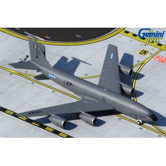 Gemini Macs Boeing United States Airforce KC-135R Stratotanker Mildenhall AFB 1:400 Scale GMUSA097
